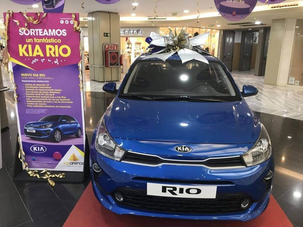 shopping mall giveaway, car giveaway